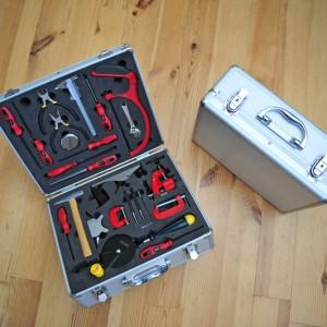 Детский набор инструмента для мальчика в алюминиевом кейсе