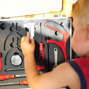 штангенциркуль из набора иструментов для мальчиков